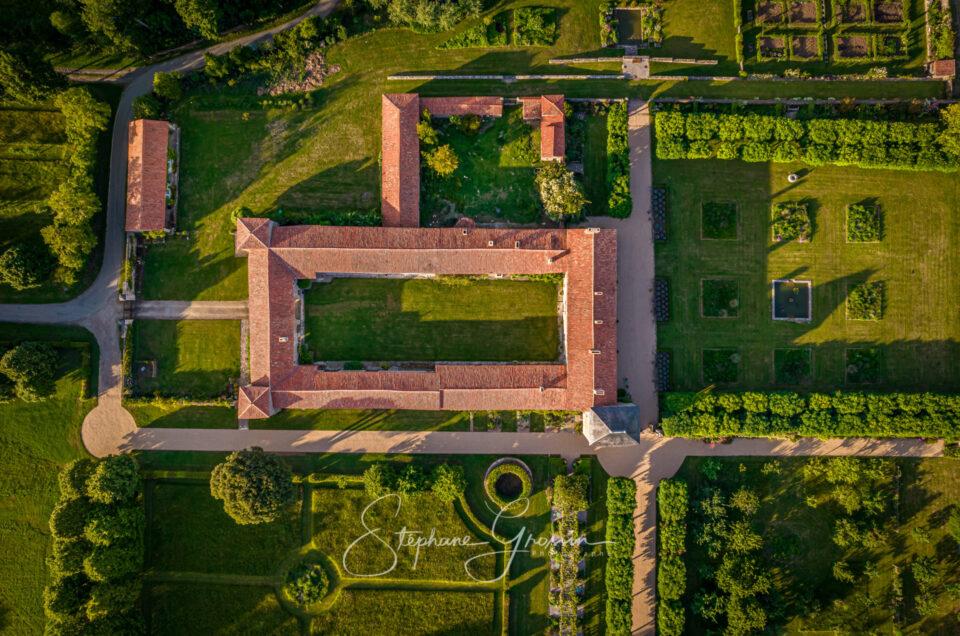 Photographie au drone sur le logis de Chaligny.